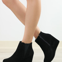 Ventura Valley Black Zip-Up Platform Wedge Bootie