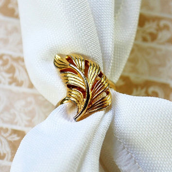 Vintage Feather / Leaf Ring, Gold Tone Metal, Designer VOGUE, 1950s 1960s Mad Men, Summer Fall Autumn, Nature Woodland, Costume Jewelry