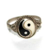 Vintage Ying and Yang silver ring by HouseOfHavisham on Etsy