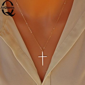 Small Gold Cross Pendant Necklace