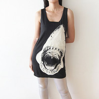 Shark Shirt Tank Top Women T Shirt Size M