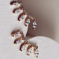 Lowest Price 1 Pair Fashion Silver Plated Rhinestones Eyelash Style Crown Ear Stud Earrings 8A12