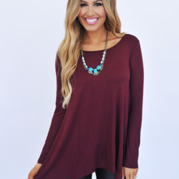 Solid Curved Hem Top - Maroon