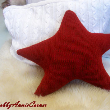 Christmas pillow, Red Star Pillow, Sweater Pillow, Star pillow, Knitted Star Pillow, Kids Pillow, Scandinavian, Handmade Christmas Primitive