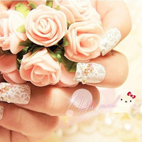 24 Pcs Lace Diamante Fake Nails For Bride = 1929622724