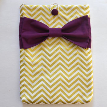 "Macbook Pro 13 Sleeve MAC Macbook 13"" inch Laptop Computer Case Cover Gold & White Chevron with Maroon Bow"