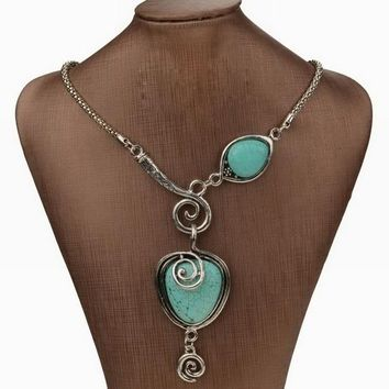 Nature Turquoise Vintage Charm Heart Bib Collar Statement Pendant Necklace