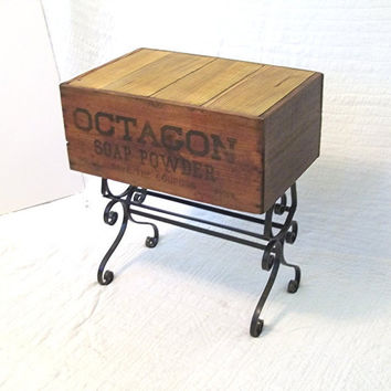 Primitive Shipping Crate TABLE OCTAGON SOAP POWDeR by MrsRekamepip