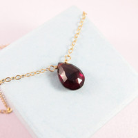 14k Gold Red Garnet Neckace, Red Gemstone Necklace, January Birthstone Necklace, Dainty Red Garnet Necklace, Mom of the Bride Gift