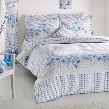 Blue White Bedding Set in Floral and Polka Dot Print for Queen or Full  – 6-piece Set with Duvet Cover, Flat Sheet, Shams & Pillow Cases