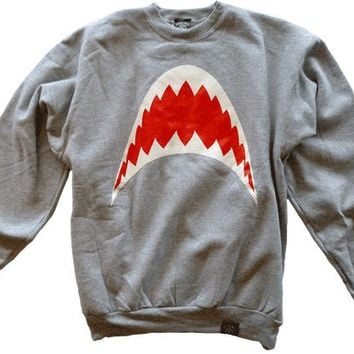 GREEN HILL ? Shark Sweatshirt