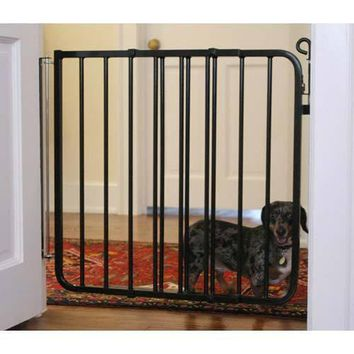Auto Lock Hardware Mounted Dog Gate