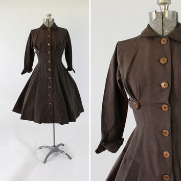 Vintage 1950s Brown Tailored Junior Dress -  Size XS Small Button Up Fashion Clothing / Autumnal Chestnut