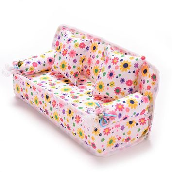 Lovely Miniature Dollhouse Furniture Flower Print Sofa Couch With 2 Cushions For Barbi Flower 9cm Toys
