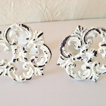 Shabby chic curtain tie back, drapery tie back, wrought iron, Set of two white