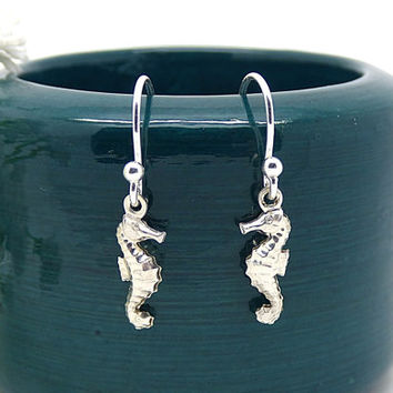 Seahorse Earrings, Sterling Silver Sea Horse Earrings, Nautical Silver Jewelry, Lightweight, Modern, Simple Petite Seahorse Dangle Earrings