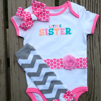 Little Sister - Baby Shower Gift - Photos - Baby Girl - Chevron - Pink - Polka Dot - Embroidered - Hair Bow