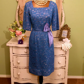 50s Jackie O Style Lace Dress, Fitted Wiggle Dress, 1950s Blue Dress with Satin Rose n Bow, Elegant 50s Dress, Dinner Party Dress, Sz Small
