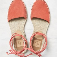 DV By Dolce Vita Tysin Sandals, Coral | American Eagle Outfitters