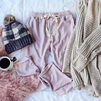 Sweet Cuff Joggers in Mauve