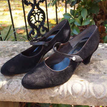 Vintage Mary Janes Hush Puppies Black Suede and Leather 70's Shoes