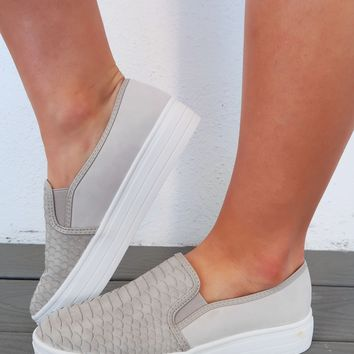 Stepping Into Spring Sneakers: Heather Grey