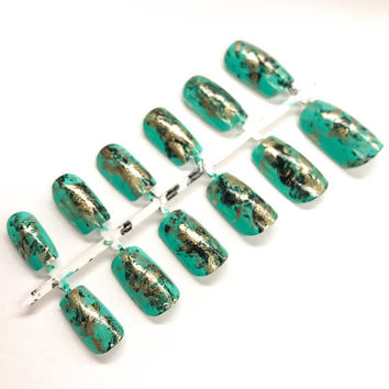 Turquoise stone, turquoise fake nails, turquoise jewelry, Turquoise mineral, false nails, nail art, acrylic nails, faux ongles, press on na