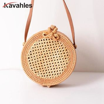 2018 Summer Bali Island Hand Woven Bag Round Butterfly buckle Rattan Straw Bags Satchel Wind Bohemia Beach Circle Bag LW-87