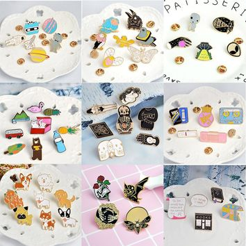 4-9 PCS/SET Creative Brooches Pins Set Skull Astronaut Cat Dog Book Shape Enamel Brooch Jacket Coat Accessories