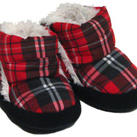 Polar Feet® Infants' Booties Cubbies™ Jolly Red Plaid