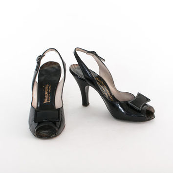 Vintage 50s HEELS / 1950s BLACK Patent Leather Glossy Slingback PUMPS 6
