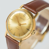 Mint condition men's watch Vostok gold plated watch man classic watch mens accessory premium leather strap watch USSR