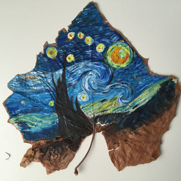 Starty night painted on real maple tree, Van Gogh painting, painted leaves, painted leaf, botanical art, starry night, Van Gogh, maple leaf,