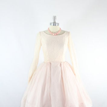 1950's Vintage Wedding Dress - Pale Pink Lace and Chiffon Full Skirt Short Wedding Dress