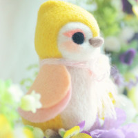Handmade bird doll, needle felt wool bird figurine, yellow color Hershey bird doll, kids gift, gift under 25
