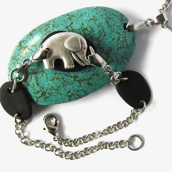 Beach Stone Bracelet Elephant Button Charm Black Stones River Rocks Jewelry by Hendywood