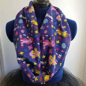 My - little - pony - pegasus - fluttershy - twilight - sparkle - Unicorn  - unicorns - rainbow - dash - single - loop - infinity  - scarf
