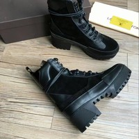LV One Word With Flat Bottom High Boots Winter black