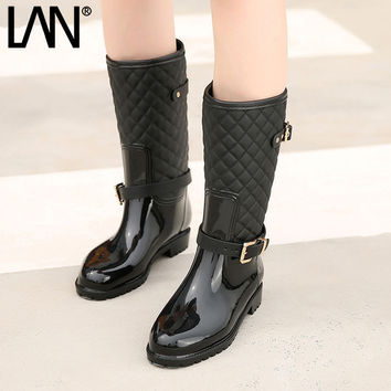 Fashion 2017 Summer Women Mid-calf  Boots Waterproof Rubber Women Rain Boots Casual Ladies Boots Shoes