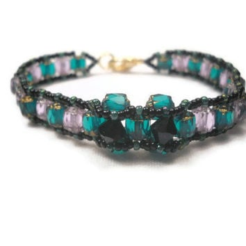 Emerald Green and Gold Beadwoven Bracelet