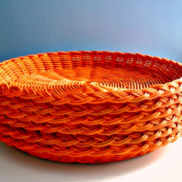 6 Wicker Paper Plate Holders Orange Rust Color Vintage Picnic BBQ Outdoor Dining RV Camping Paper Plate Holders Lot of 6