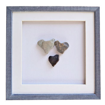 Personalized family gift, New born gift, Baby shower gift, Family wall art, Genuine heart shaped beach stones, Pebble art, Family of 3 gift
