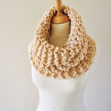 Outlander Inspired Cowl - Claire's Cowl - Outlander Knit - Cream Knit Neckwarmer - Chunky Knitted Cowl - Women's Knitwear