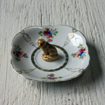 upcycled jewelry holder // tiger ring holder // shabby chic trinket dish // dresser vanity dish // anthropologie style