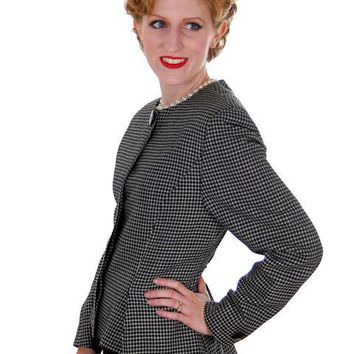 Vintage Ladies Herringbone Tweed Wool Peplum  Blazer Guy Laroche 1980s