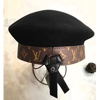 """Louis Vutitton"" Women Fashion All-match Genuine Leather Letter Logo Beret Cap Painter Artist Hat"