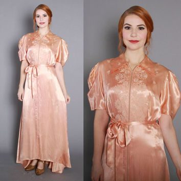 1940s Peach Satin Zip Front DRESSING GOWN / Vintage 40s Robe with Floral Soutache, m