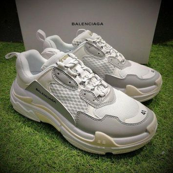 DCC3W Fashion Balenciaga Triple-S Sneaker 17FW White Grey Casual Shoes 656686W06G011001
