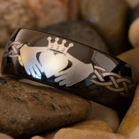 Tungsten Ring 8mm 1-Step Pipe Matte Finished Claddagh & Deer Tracks Design