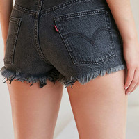 Levi's 501 Frayed Denim Short - Washed Black | Urban Outfitters